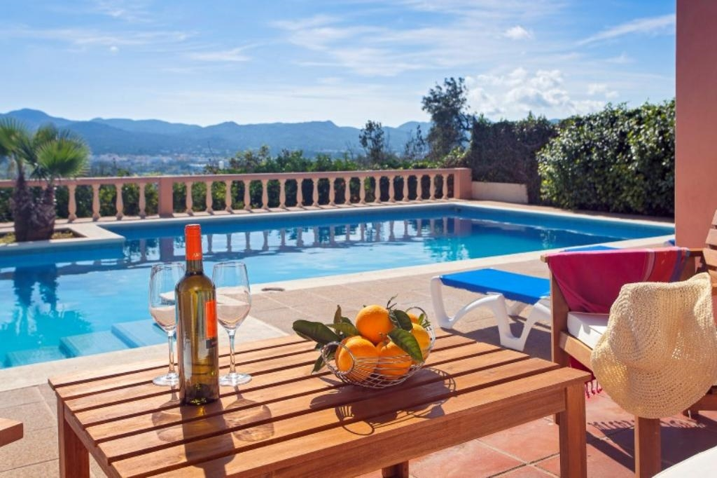Ibiza Villa For Rent in Buscastell