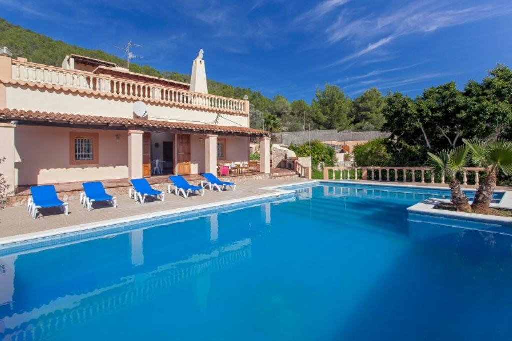 Ibiza travel and vacation rentals 346 villa for rent in - Ibiza house renting ...