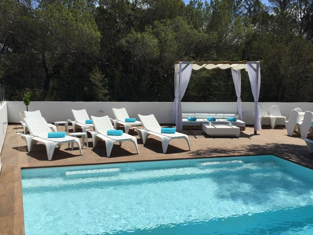 Ibiza Villa For Rent in Cala Bassa