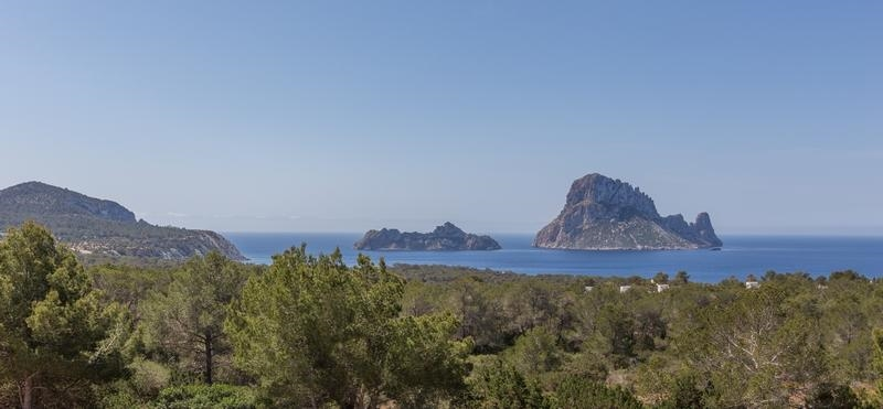 Ibiza Villa For Rent in Cala Carbo