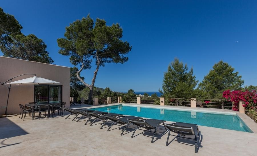 Luxury Villa in Ibiza, Cala Tarida for Rent with 4 Bedrooms
