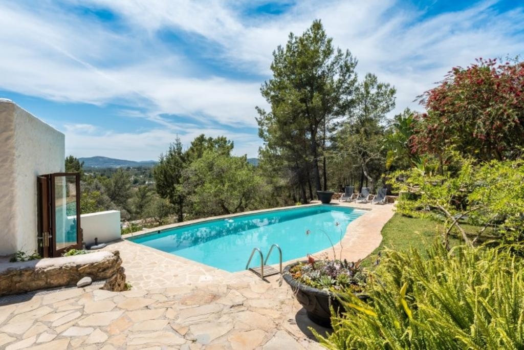 Ibiza Villa For Rent in San Carlos