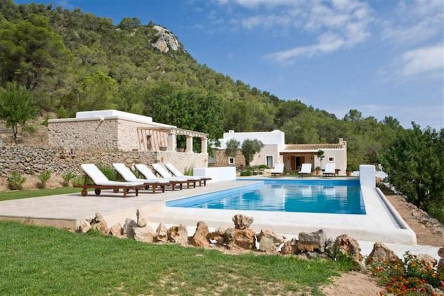 Ibiza villa 867 for rent in san jose with 5 bedrooms for Ibiza country villas
