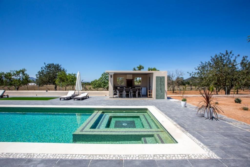 Ibiza travel and vacation rentals 836 10p villa for - Ibiza house renting ...