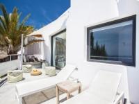 http://foto.i-rent.net/rental/spain/ibiza/san-josep/vista-alegre/villas/villa-819_47446/819_10.jpg