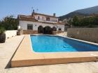 ALCAZAR 3011,Vakantiehuis  met privé zwembad in Moraira, aan de Costa Blanca, Spanje voor 8 personen...