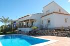 CABRIEL  344,Een van de nieuwste villas in Javea voor 8 personen. De villa heeft een mooi uitzicht over de montgo bergen....