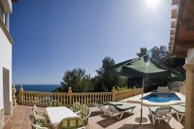 """Vakantie villa met spectaculair zeezicht en zwembad, voor maximaal8 personen in Javea, Costa Blanca.Geniet van het prachtige zeezicht tot aan het eiland Portichol in deze zeer rustig gelegen villa, op <metricconverter w:st=""""on"""" ProductID=""""1 km"""" />1 km</metricconverter /> afstand van het La Barraca strand., Javea"""