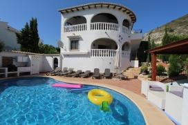 Mooie en comfortabele villa  met privé zwembad in Moraira, aan de Costa Blanca, Spanje voor 10 personen, Moraira