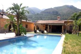 Luxus-Villa mit privatem Pool für 6 Personen in Favara / Cullera, an der CostaAzahar. Die Villa hat eine Wohnfläche von 200m2 mit grosser überdachter Terrasse undSommerküche&nb, Favara